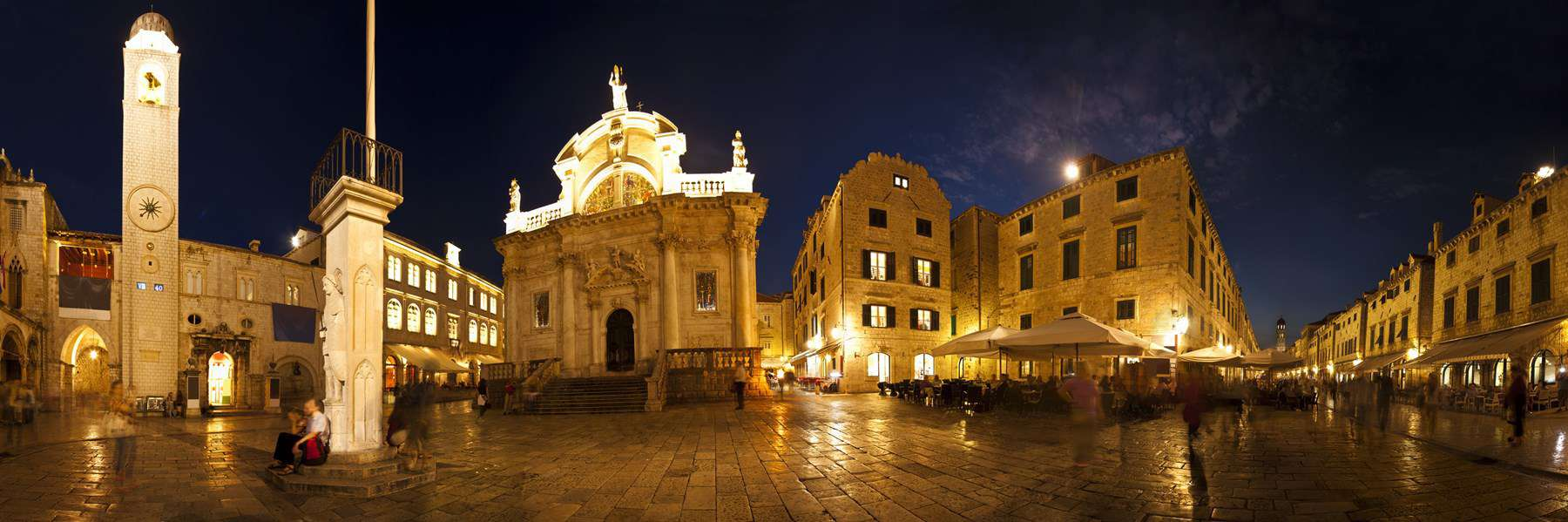Dubrovnik-Old-Town-in-the-evening