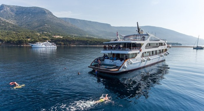 MS Prestige, Cruise Croatia