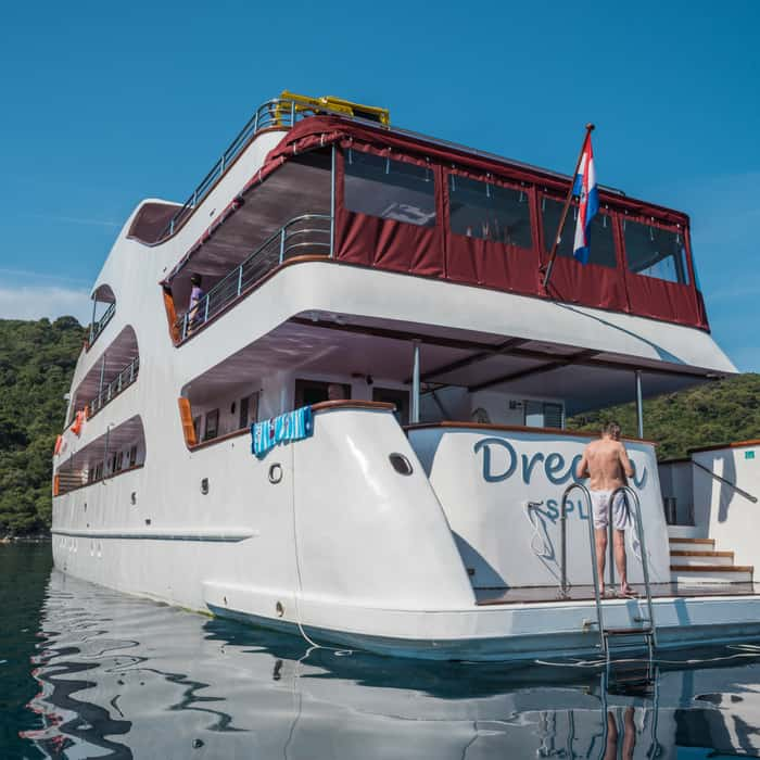MV Dream