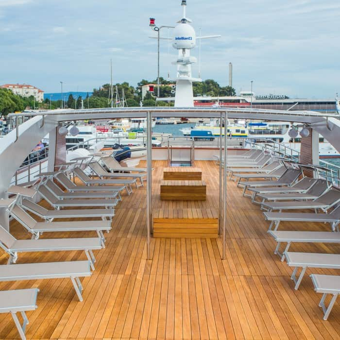 MV Aquamarin, sun deck