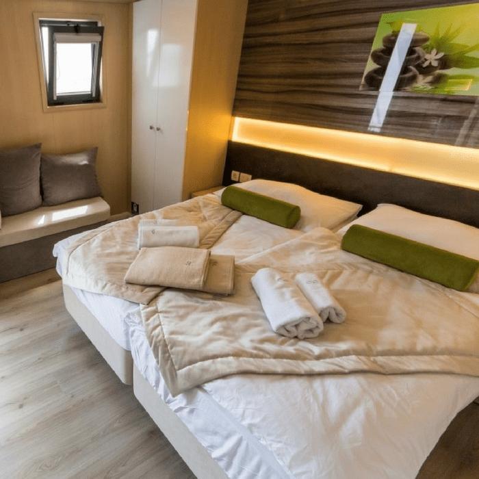 MV Infinity, double cabin