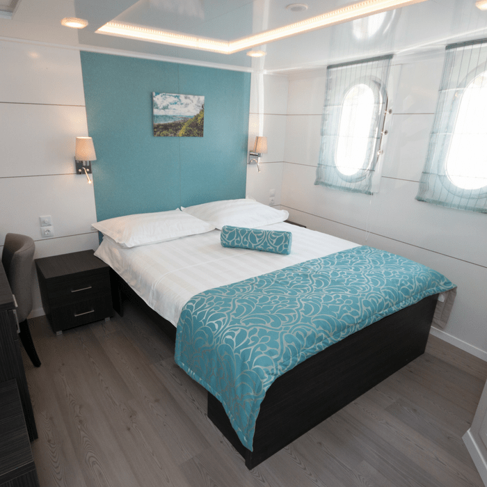 MV Admiral, double cabin