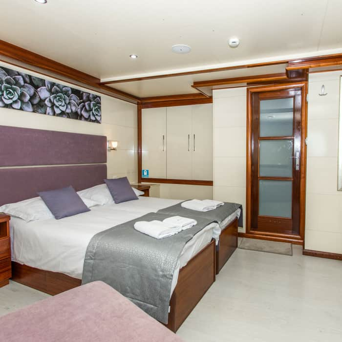 MV Futura, bedroom