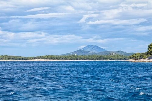 Islet island