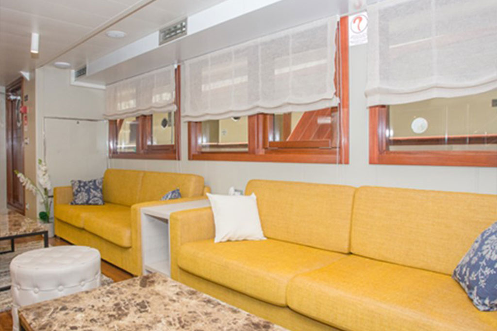 MV Adriatic Sun, Indoor lounge area