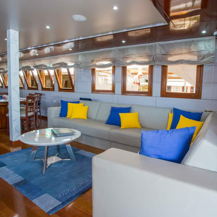 MV Futura, lounge area
