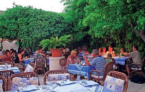 Restaurant Pojoda iv Vis Croatia