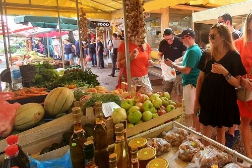 Split Food Tour Market