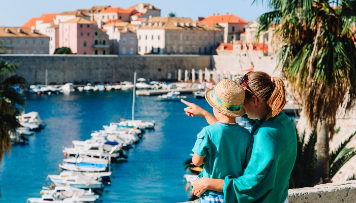 Mother and child in Dubrovnik