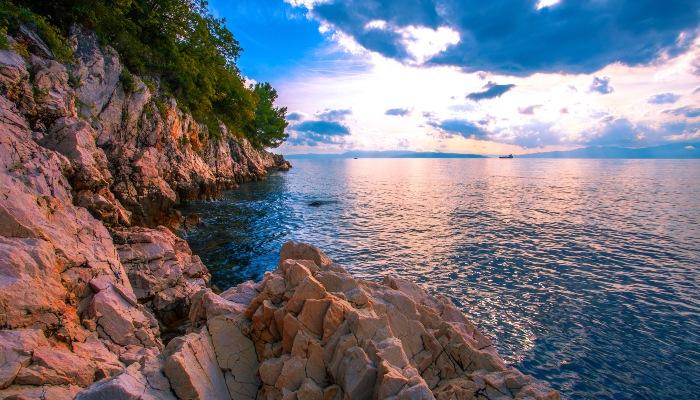 Rocky coastline near Rijeka beach